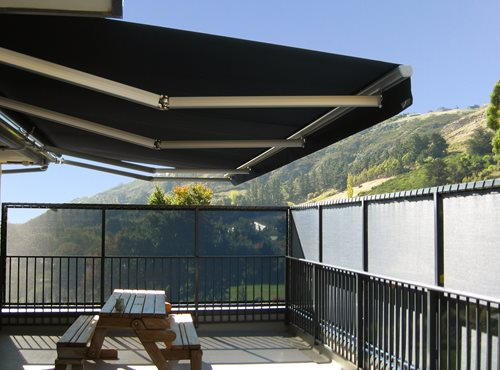 Euro Retractable Awning